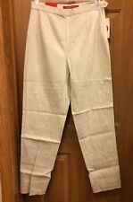 Bill Blass Premium Stretch Beige Embossed Ladies Jeans Size 10 NWT
