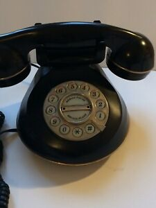 Vintage Black  Telephone.In Good Working Conditions.