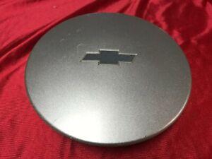 2000 2001 2002 2003 2004 2005 Chevy Malibu Center Hub Cap Gray Emblem Cheverolet
