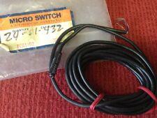Micro Switch - Catalog #TPCOL - Photoelectric Sensor / Light Source - NEW