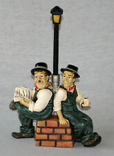 FUN LAUREL AND HARDY FIGURINES - SITTING UNDER A LANTERN