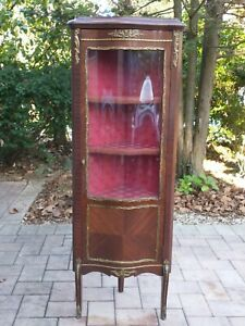 French Curio Cabinet 22in.x5Ft.x14¼in. Buyer  resps. for pickup & shipping fees.