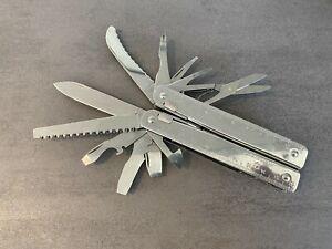 Victorinox Taschenwerkzeug Swiss Tool in Nylonetui, Taschenmesser, Modell 3326N