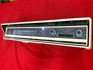 1966 1967 FORD FAIRLANE INSTRUMENT GUAGE DASH CLUSTER ASSEMBLY & RADIO