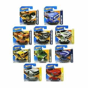 Hot Wheels Set of 10 Random Cars & Vehicles (Colours may vary)