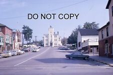 35mm COLOUR SLIDE - BARRIE - ONTARIO CANADA 1963 - STREET VIEW WITH CARS (2)