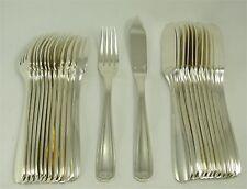Alfénide modèle Art Déco: 12 couverts à poisson, 24 pièces, métal argenté.