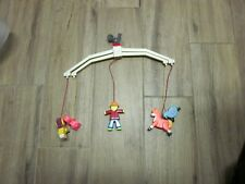 VINTAGE FISHER PRICE CRIB MOBILE MADE IN HONG KONG, COMPLETE, EXCELLENT CONDITIO