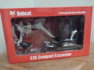 1:25 Bobcat E35 Compact Excavator Model