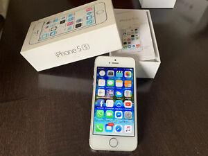 Apple iPhone 5s - 32GB - Silber (Ohne Simlock) A1457 (GSM)