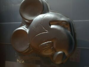 Wilton Mickey Mouse Cake Tin