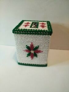 Vintage Hand Made Needlepoint Tissue Box Cover Holly Christmas With Tissues