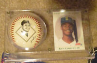 MLB KEN GRIFFEY JR  SEATTLE MARINERS BALL W/ FACSIMILE AUTO & COOPERSTOWN CARD