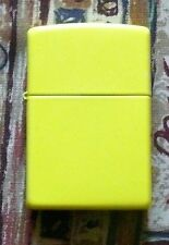 PLAIN LEMON MATTE ZIPPO LIGHTER FREE P&P FREE FLINTS