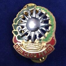 """Vintage 3rd Air Defense G23 US Army Artillery Crest """"NON CEDO FERIO"""" - Preowned"""