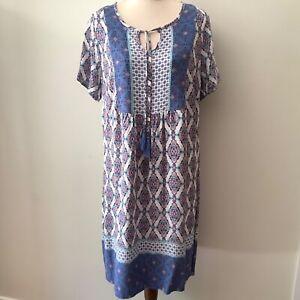 Rivers tunic dress size 12 blue White tile print viscose short sleeves