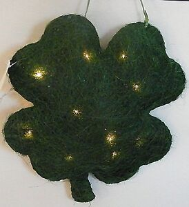 Lighted Shamrock Sculpture 3D Solid St. Patrick's Day Irish Home Decor Light