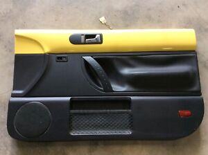 VW 2009 2010 BEETLE HARDTOP RH Passenger Right Front Door Panel YELLOW BLACK
