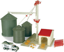 Ertl 1/64 Scale Grain Bin & Elevator Set Plastic Age 5+ Boys & Girls ZFN12924