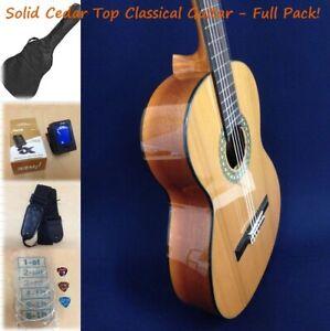 Caraya C-4/4N Solid Cedar Top Classical Guitar,Natural + Free Bag,Extra Strings