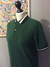 FAB FRED PERRY POLO BRITISH RACING  GREEN WHITE COLLAR SIZE SMALL