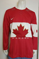 Men Nike 2014 Red Team Canada Jersey Real Stitched Crest sz Medium