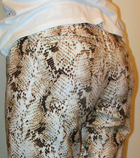 WHITE HOUSE BLACK MARKET--sz 00R --SNAKE PRINT CITY PANT -NWT 53692--SUPER COMFY