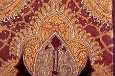 Cuscino GUSCIO Serenissima Gran, Borgogna/oro, con applicazioni VELLUTO e RICAMO PERLE