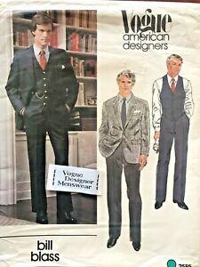 1970's VTG VOGUE Men's Jacket,Vest,Pants Bill Blass Pattern 2585 Size 44 UNCUT