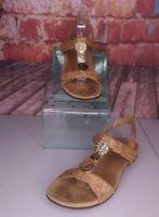 Vionic Farra Cork Sandals Size 10 Hammered Gold Medallion