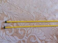 PAIR  KNITTING NEEDLES SIZE 6  mm ( 4 ) YELLOW * USED *