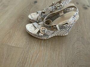 STUART WEITZMAN sandals new size 10