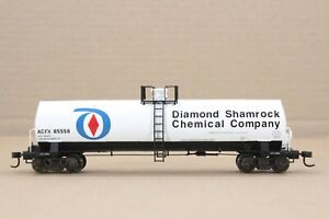 HO Atlas ACF / Diamond-Shamrock 50ft 17360 gallon Chemical Tank Car Excellent