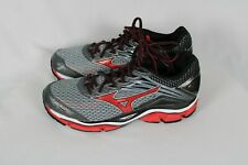 Mizuno Mens WAVE ENIGMA 6 Gray Red Black Running Training Shoes Sz 9 NWOB