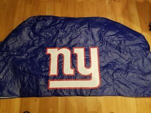 New York Giants Grill Cover NWOT Excellent Condition Blue Medium Sized Grill