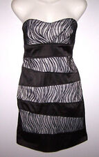 Women's Strapless Sequin Hearts Dress Black and White Padded Bust Size 7