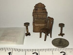 """1/4 """" Scale Artisan Doll House Desk, Chair, 2 Pedestals By Sue Hoeltge Rug"""