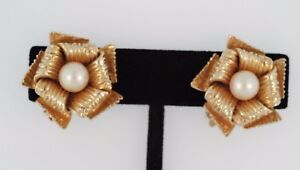 Vintage 14K Yellow Gold and Pearl Clip-on Earrings