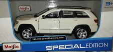 Jeep Grand Cherokee Laredo Die-cast SUV Truck 1:24 Maisto 7.75 inch White