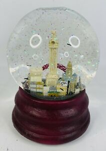 SAKS FIFTH AVENUE Austin Texas Musical Water Snow Globe w/ Bats and Glitter