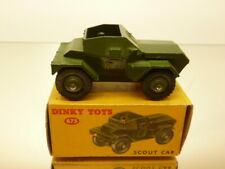 DINKY TOYS 673 MILITARY SCOUT CAR +DRIVER - ARMY GREEN L6.6cm - VERY GOOD IN BOX