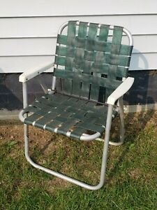 """Vintage Folding Lawn Chair Aluminum Webbed Solid Green w/ White Handles 31"""""""