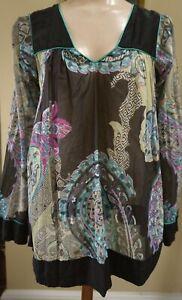 Etro..Italy...A Cotton& Silk Paisley&Floral...Top..!