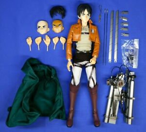 ATTACK ON TITAN LEVI REAL ACTION HERO 1/6 SCALE MEDICOM