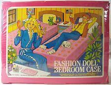 Vintage 1985 Fashion Doll Bedroom Case for Barbie & Friends Tara #10900 Fold-out