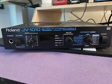 ROLAND JV-1010 Synth Sound Modulew/ Techno Expansion Board
