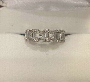 3/4 CT GORGEOUS BAGUETTE & ROUND ANNIVERSARY DIAMOND RING 14K WHITE GOLD Size 7