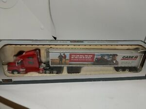 SpecCast Case IH Agriculture Red Volvo 1:64 Tractor Trailer *NEW IN BOX*