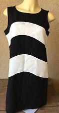 Ann Taylor Sheath Dress Color Block Black White 10 Petite Knit Sleeveless Womens