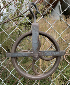 3    FARM  STYLE   WATER   WELL  /&  BARN   CAST IRON   ROPE WHEEL PULLEY